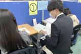 個別指導用教室です。隣に講師が座り、1つ1つ丁寧に授業を進めます。