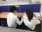 個別指導は小さなブースで仕切られ、授業に集中できます。