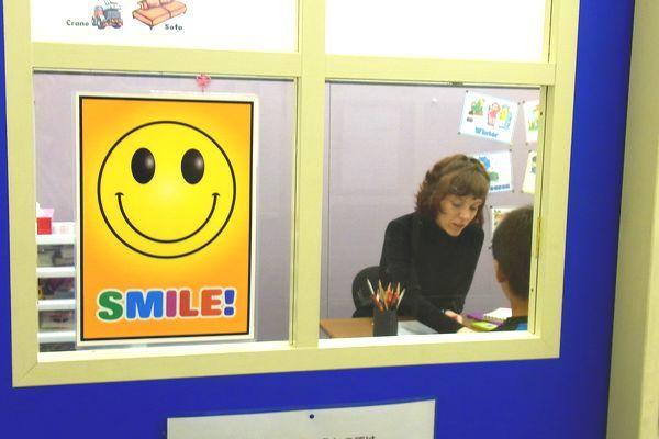 ネイティヴ講師によるジョイワールドの授業は専用の英会話室で。